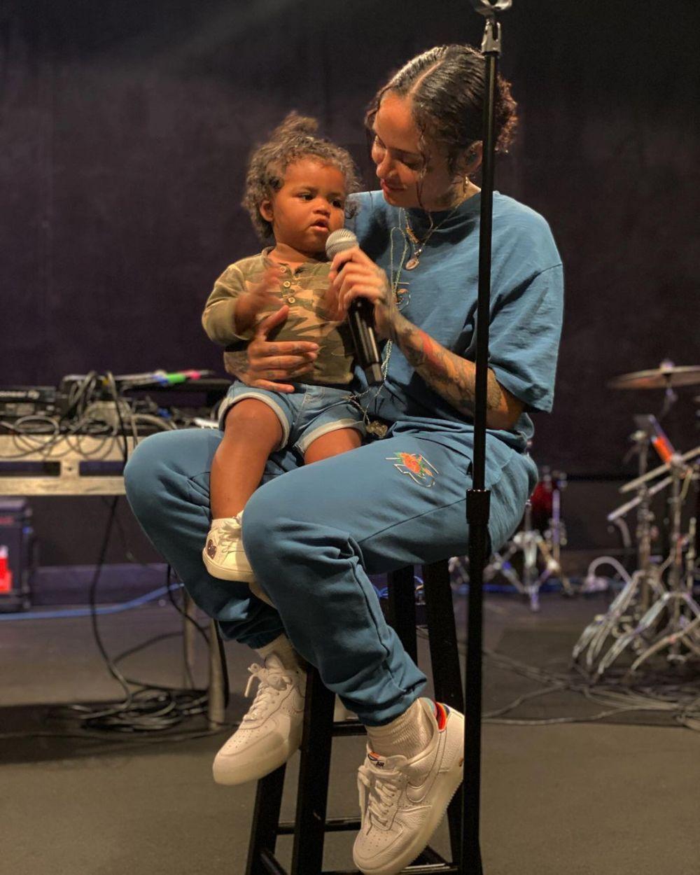 Sudah Jadi Ibu, 10 Potret Manis Kehlani Bersama Baby Adeya