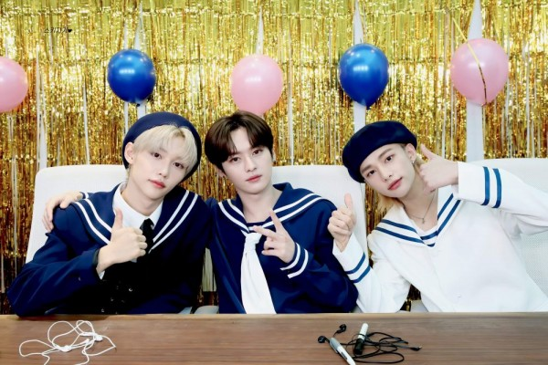 10 Potret Kompak Felix, Hyunjin dan Lee Know Trio Dancer Stray Kids