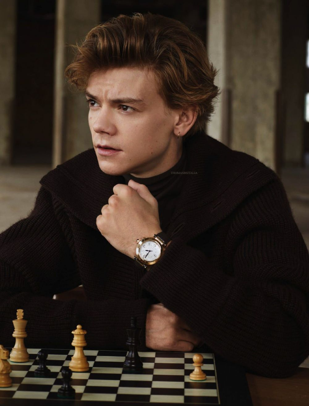 Main Serial Netflix The Queen's Gambit, 9 Fakta Thomas Brodie-Sangster
