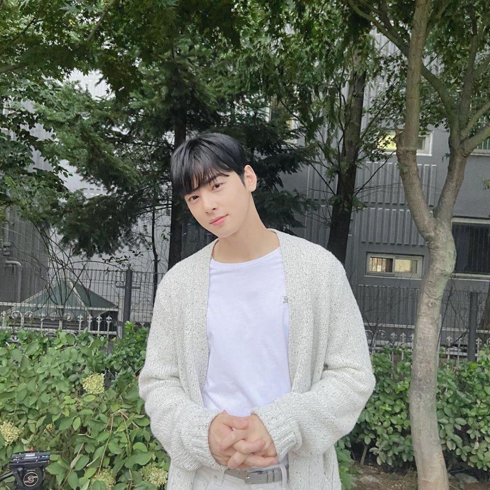 10 Potret Terbaru Cha Eun Woo, Comeback jadi Anak SMA di 'True Beauty'