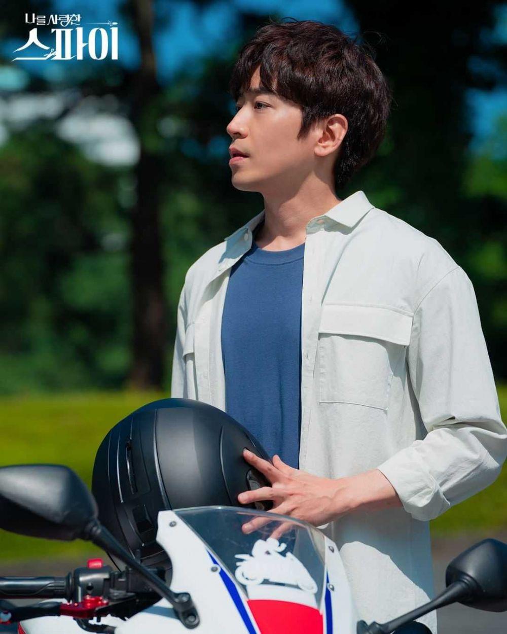 Jadi Suami Yoo In Na di KDrama, 10 Adu Pesona Eric Mun dan Lim Ju Hwan