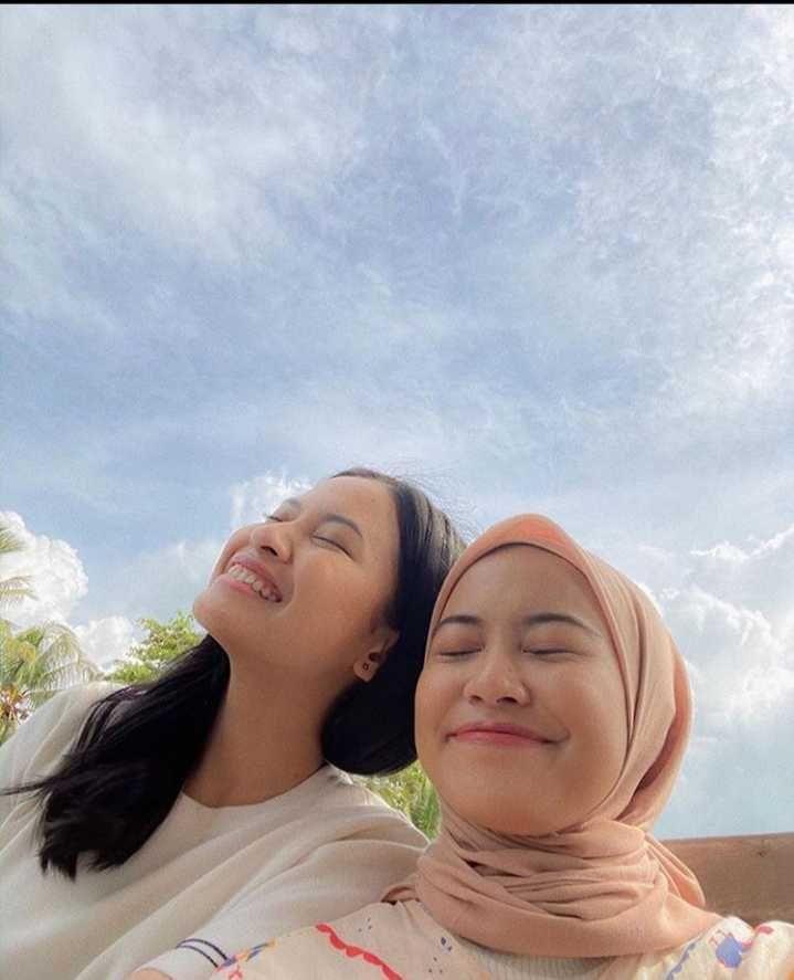 Bak Saudara Kembar! 10 Momen Kebersamaan Hanggi dan Nadhifa Tsana