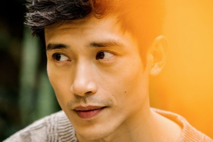 9 Fakta Manny Jacinto, Teman Main Tom Cruise Film Top Gun Maverick