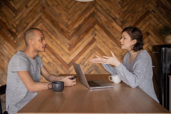 Harus Segera Sadar! 5 Zodiak Ini Gampang Terjebak Toxic Relationship