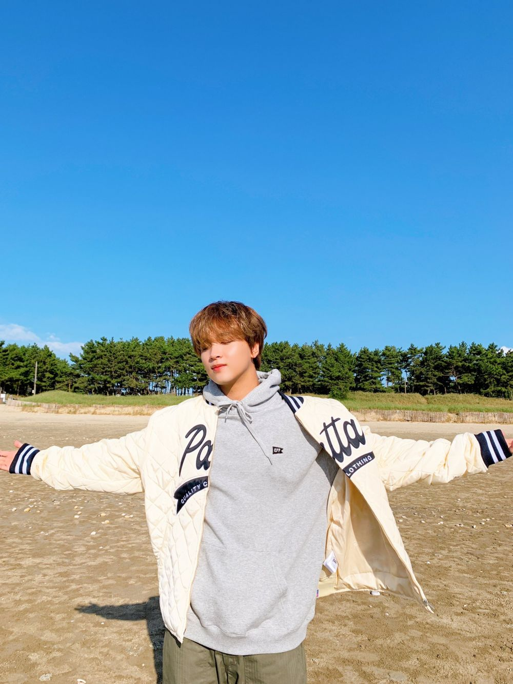 Ini 15 Potret Kece Behind The Scene MV NCT U 'From Home'