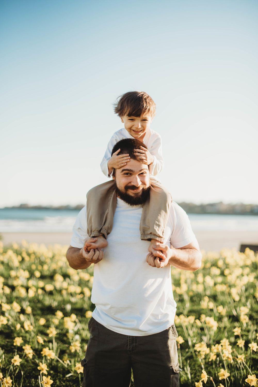 9 Ide Parenthood Photoshoot yang Elegan tapi Mudah Dilakukan