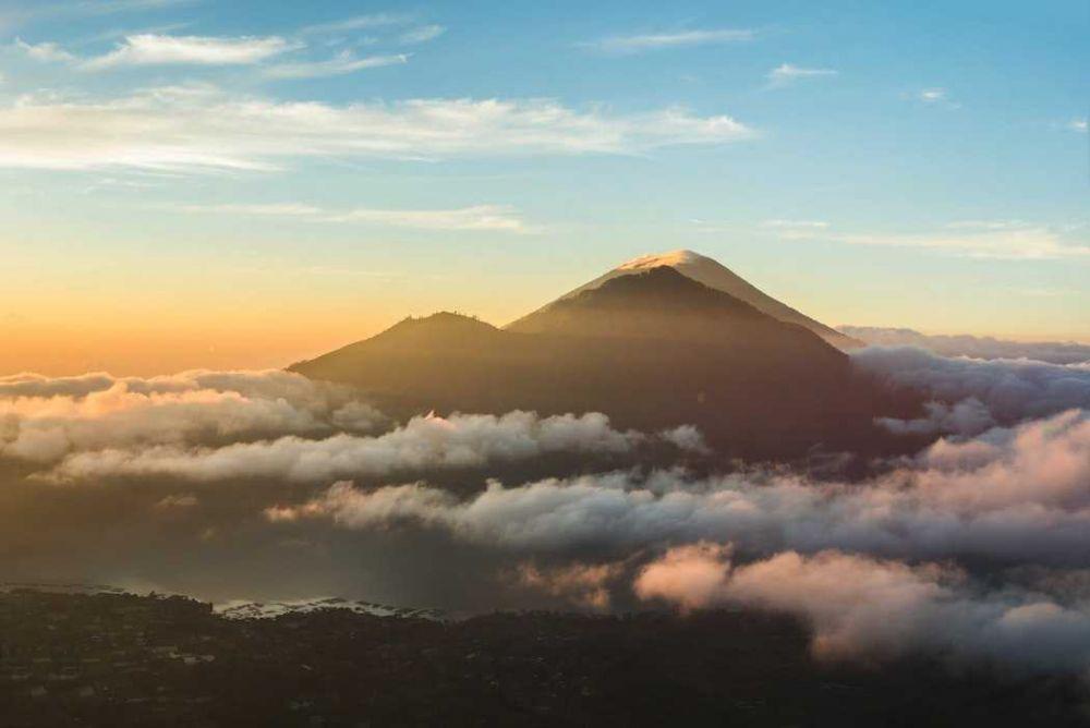 5 Gunung di Bali yang Terkenal Sebagai Jalur Pendakian