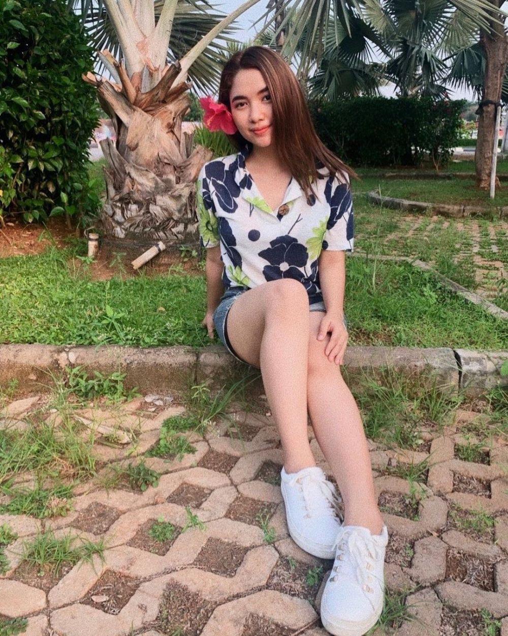 Dinilai Mirip Ashanty, 10 Pesona Karen Rantung Indonesian Idol