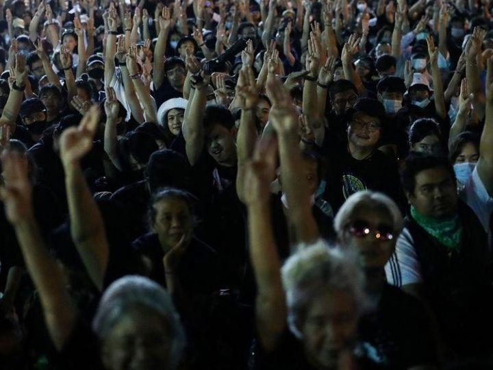 Isu Pelecehan Seksual Siswa dalam Demonstrasi di Thailand