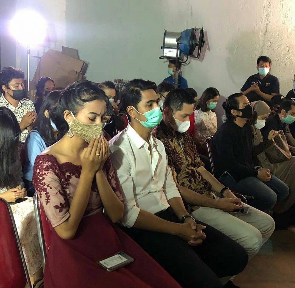 Di Sinetron Musuhan, 10 Potret Akrab Arya Saloka dan Evan Sanders