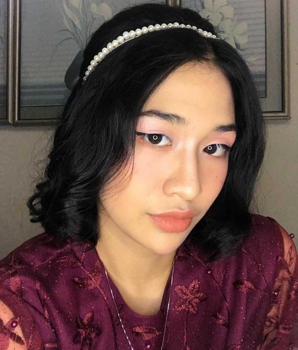 9 Potret Manis Sharon Talita, Gadis Sampul 2020 yang Menawan Abis!