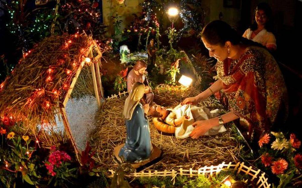 6 Perayaan Natal Unik yang Ada di Berbagai Negara Asia
