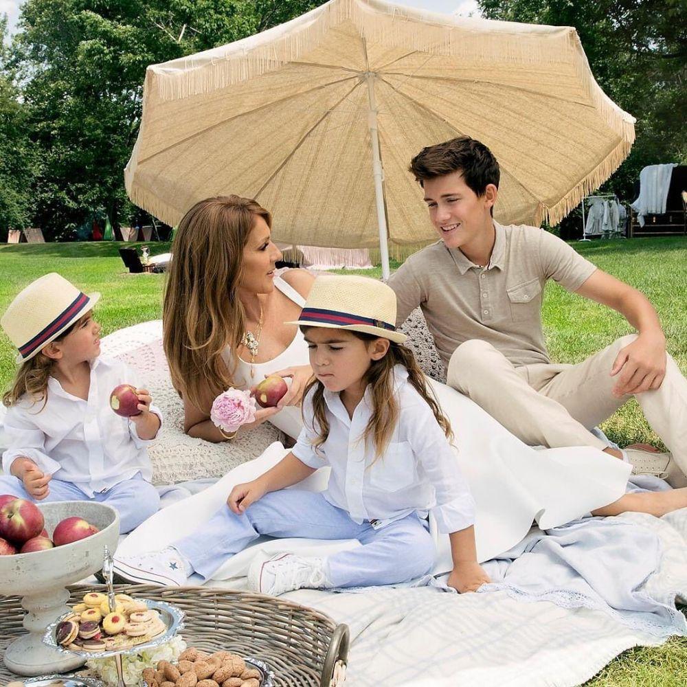 Sosok Single Parent, 9 Potret Céline Dion saat Bersama Ketiga Anaknya