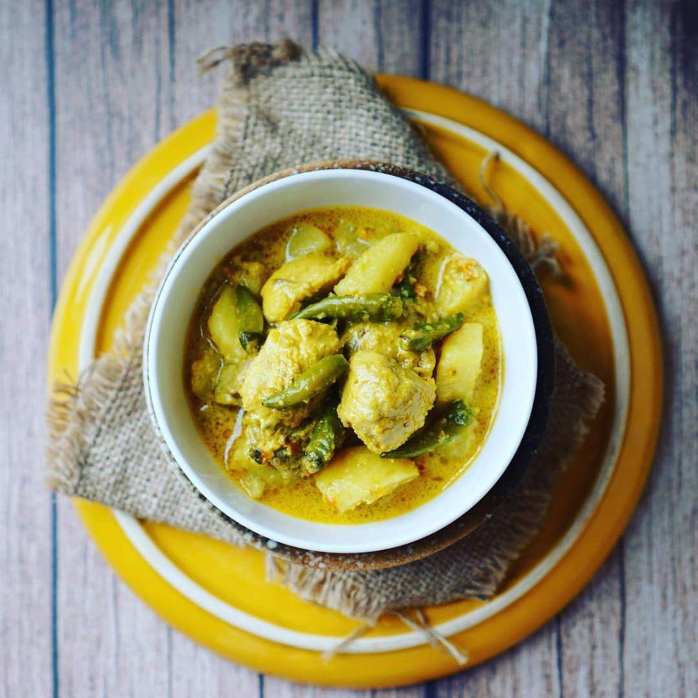 5 Aneka Kuliner Manado Serba Ayam yang Rasanya Istimewa, Maknyus!