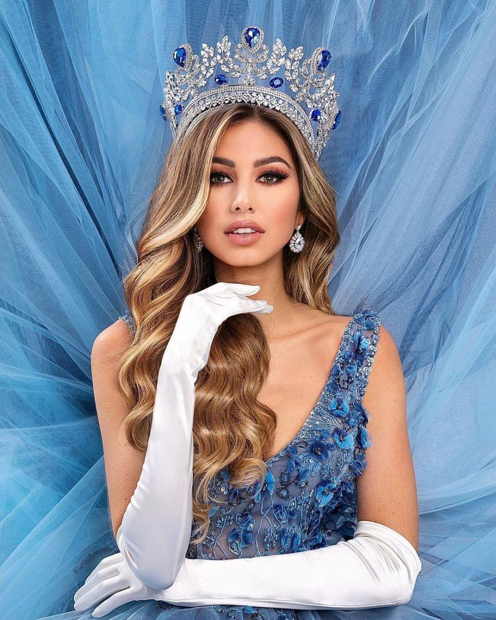 9 Pesona Vanessa Velásquez, Miss Universe El Salvador 2020 yang Manis
