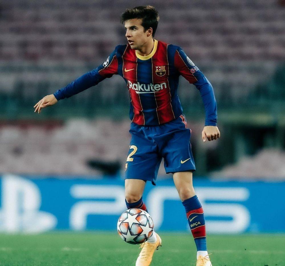 10 Pemain Top dengan Skill Mirip Andres Iniesta, Legenda Barcelona