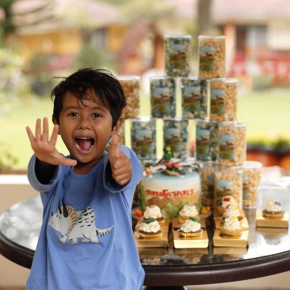10 Momen Perayaan Ulang Tahun ke-6 Den Bagus, Anak Dwi Sasono
