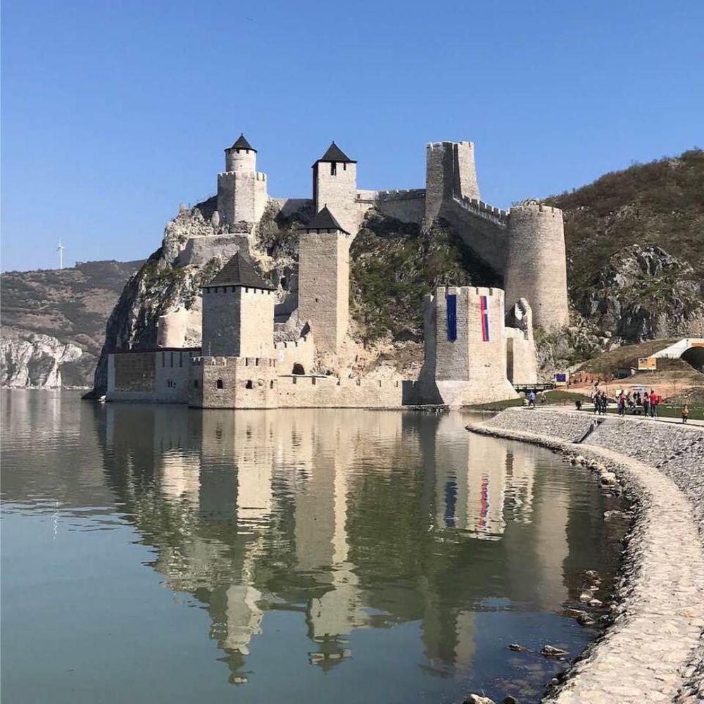 Wisata Sejarah, Ini 5 Benteng di Serbia yang Bisa Kamu Kunjungi
