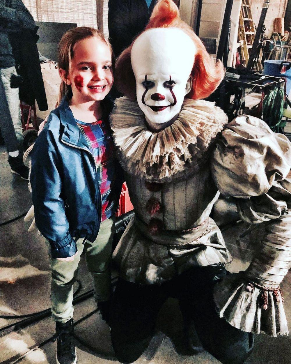 9 Potret Ryan Kiera Armstrong, Bintang Baru American Horror Story S10
