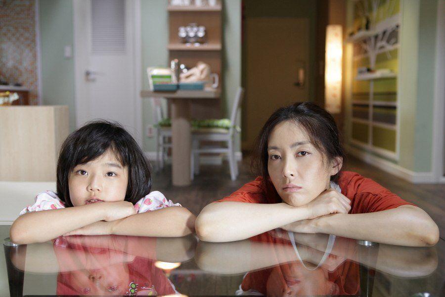 5 Film Korea tentang Bukti Kasih Ibu Sepanjang Masa, Gak Ada Habisnya!