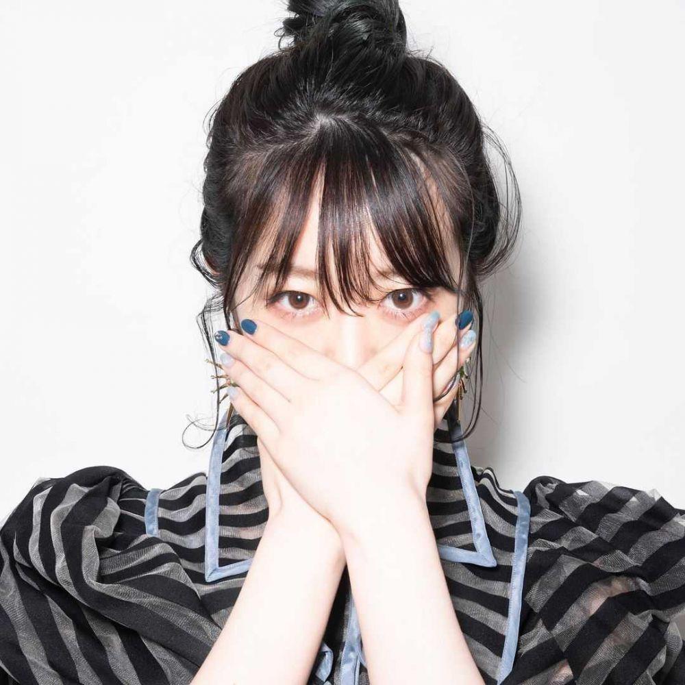 10 Potret Minami Minegishi, Member Generasi 1 Terakhir di AKB48