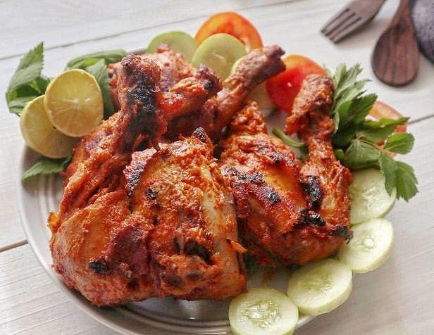 5 Resep Ayam Bumbu Merah yang Rasanya Khas Banget