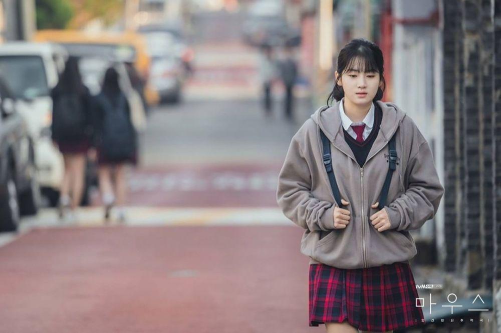 10 Potret Karakter Park Joo Hyun, Siswi Tangguh di Drama Korea Mouse