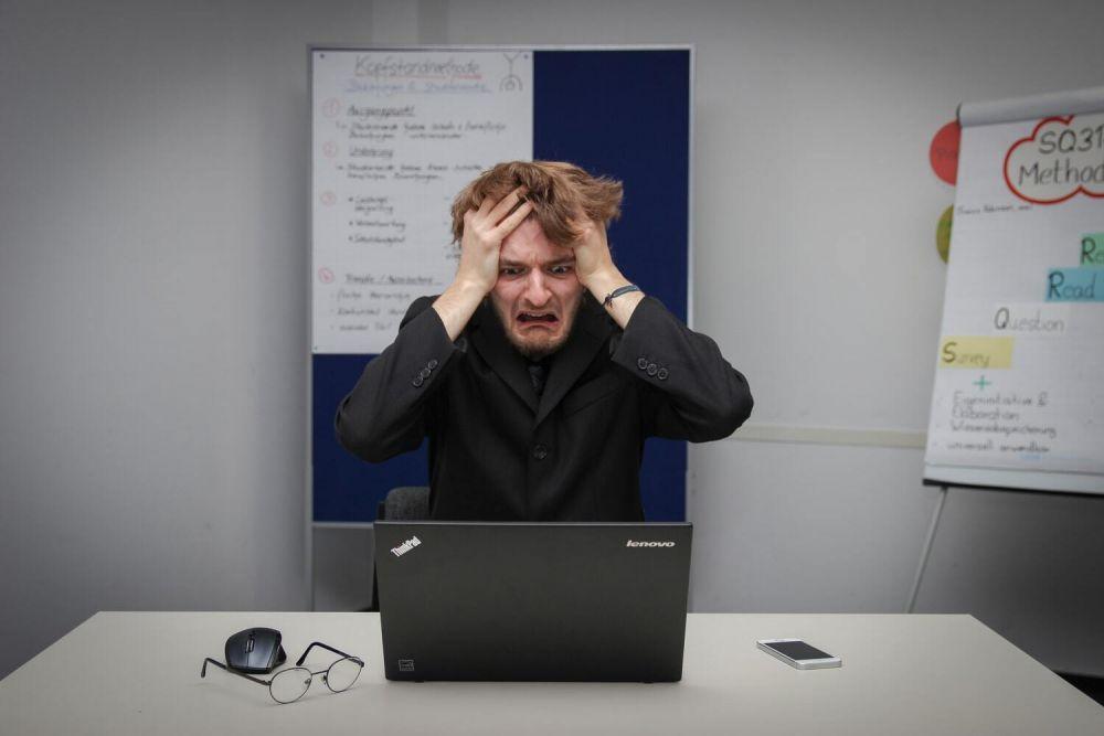 5 Alasan Mengapa Kamu Harus Berhenti Mengeluh di Media Sosial