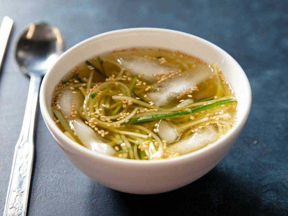 5 Sup Musim Panas dari Berbagai Negara yang Disantap Dingin, Segar!