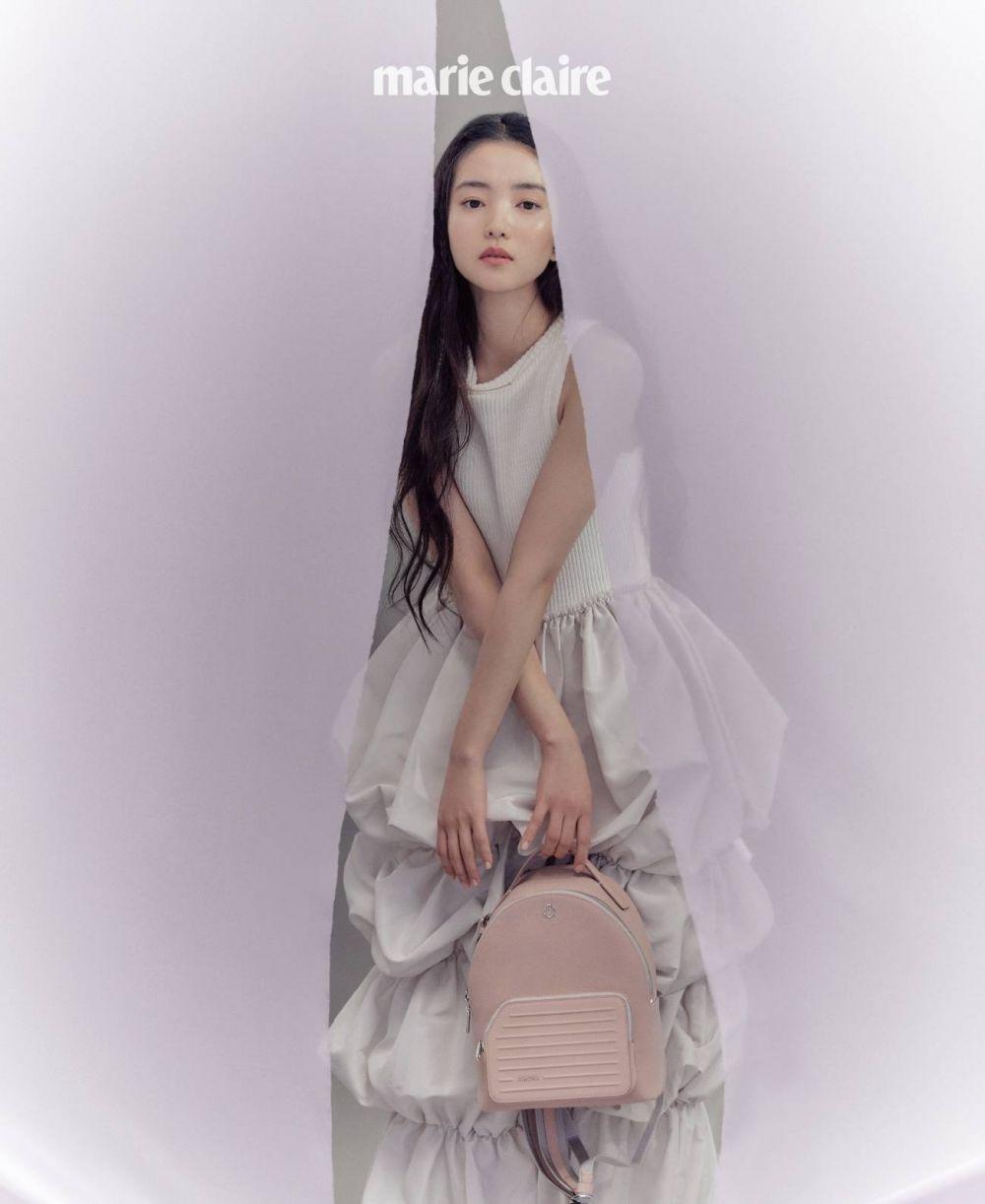 Cottagecore Style, 10 Pemotretan Kim Tae Ri untuk Marie Claire Korea