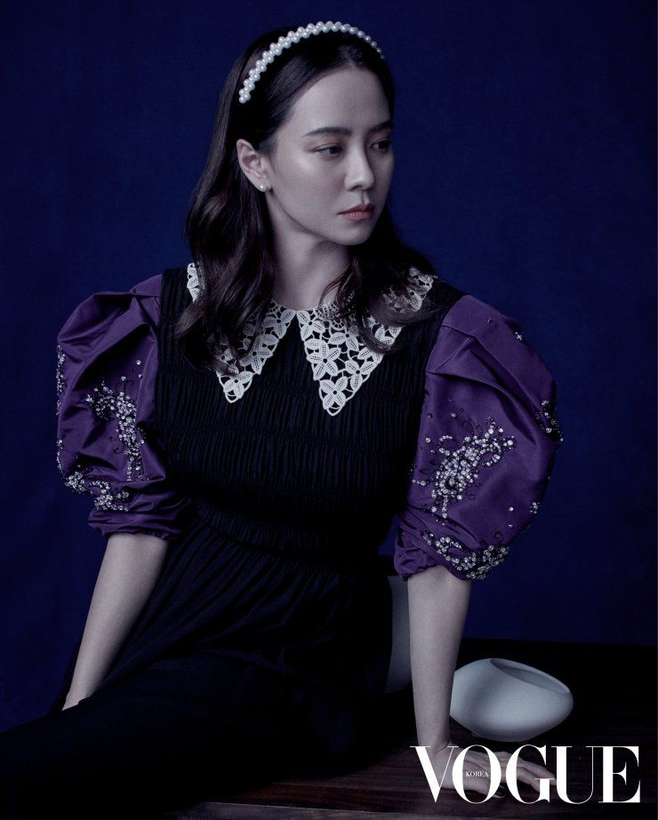 9 Potret Song Ji Hyo Comeback KDrama 'Come to the Witch Restaurant'