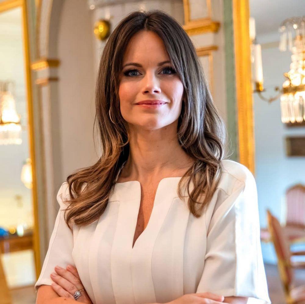 9 Pesona Sofia Hellqvist, Mantan Model Dewasa Istri Pangeran Swedia