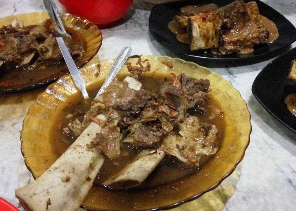 10 Destinasi Kuliner Legendaris di Kota Makassar, Wajib Dicoba!