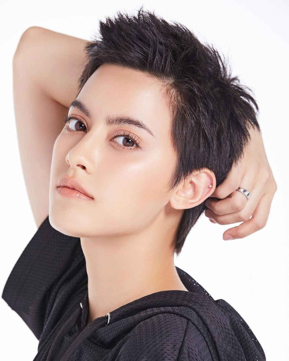 10 Potret Chanya McClory, Support Role di Girl From Nowhere Season 2