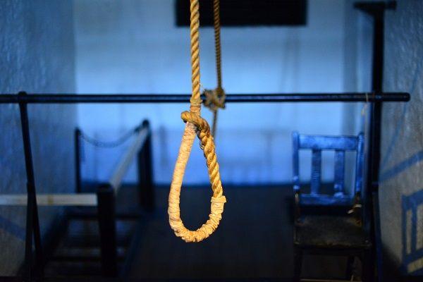 Petani Karet Nyambi Kurir Sabu 25 Kg Dituntut Hukuman Mati