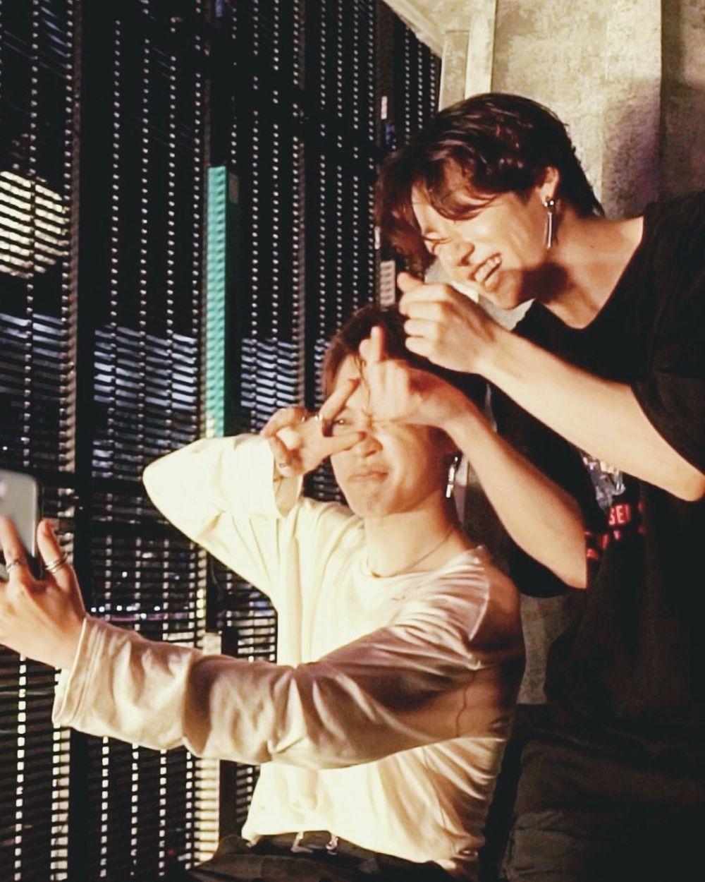 Duo Busan Boys, 10 Potret Akur Jungkook dan Jimin BTS