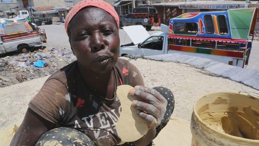 5 Fakta Bonbon Tè, Kue Kering Lumpur Penyelamat Kelaparan di Haiti