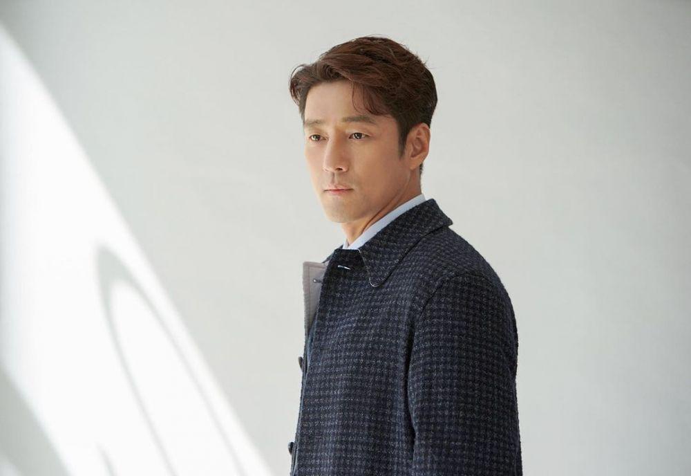 10 Potret Ji Jin Hee, Jadi Cameo di KDrama Netflix 'Move to Heaven'