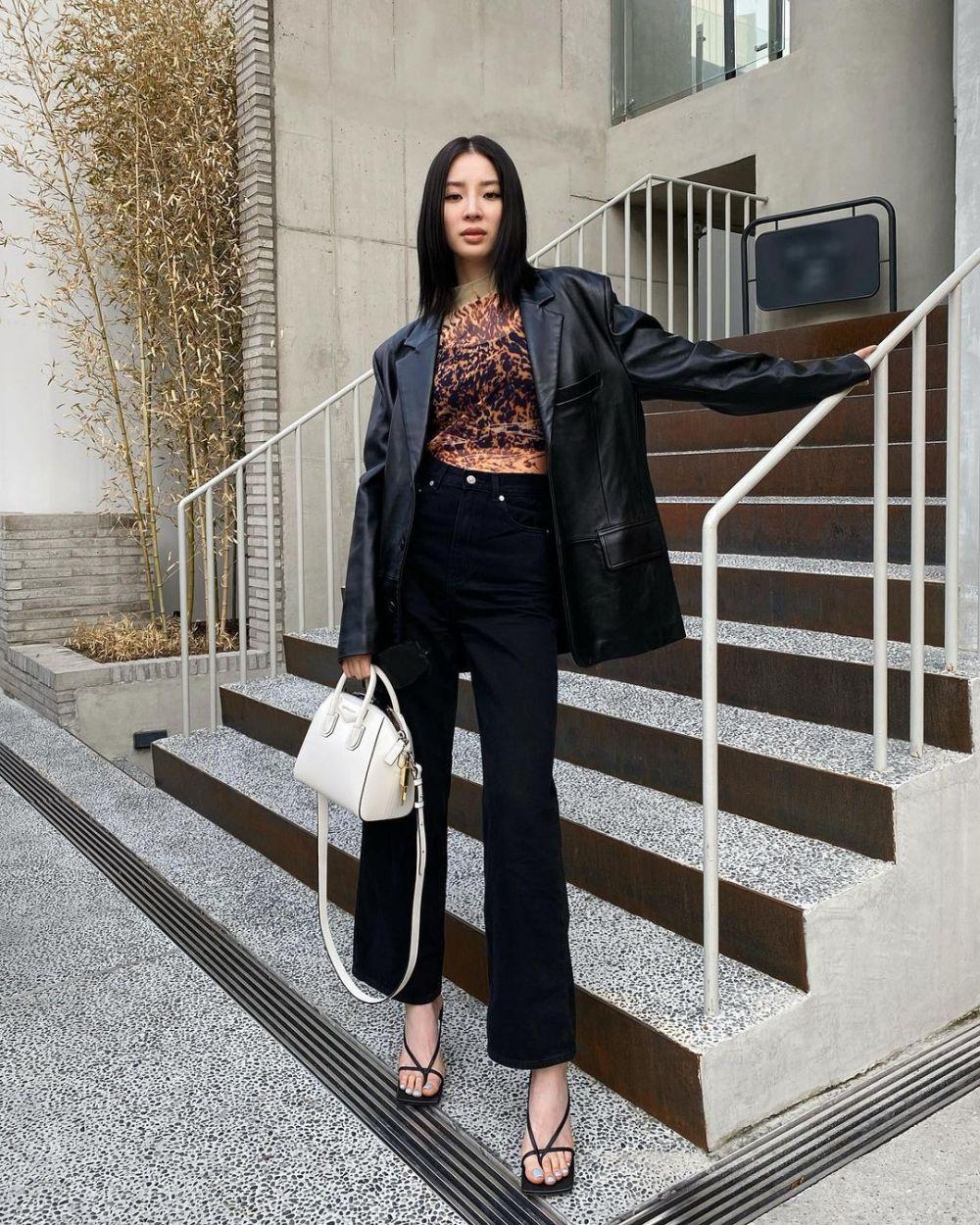 10 Potret Irene Kim, Model dan Influencer Korea yang Penuh Talenta