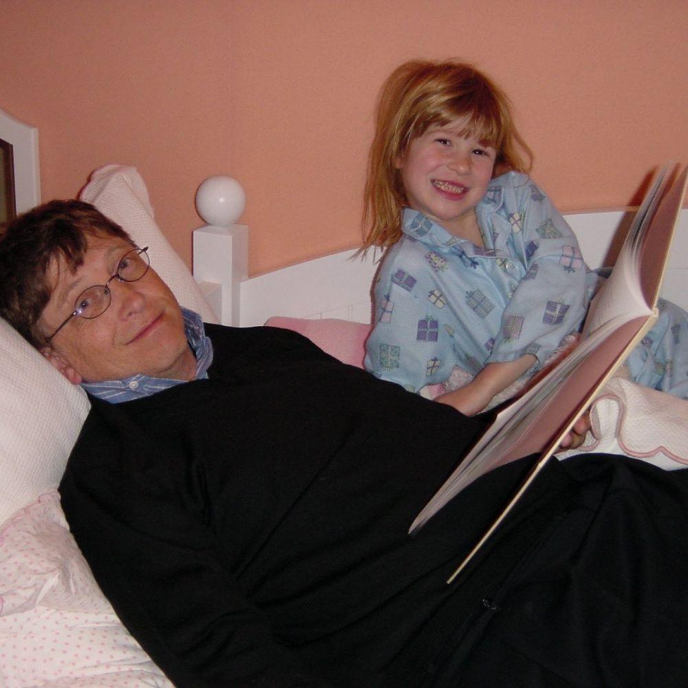 9 Potret Jennifer Gates, Anak Bill dan Melinda Gates yang Jago Berkuda