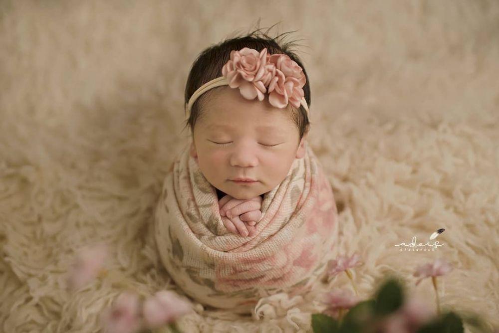 10 Potret Manis Anak Ketiga Baby Margaretha, Namanya Indah!