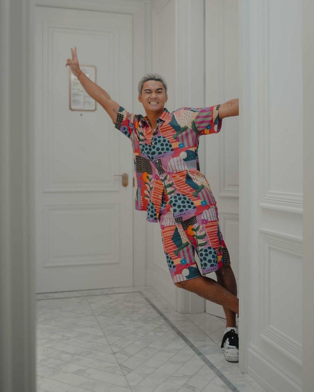 9 Inspirasi One Set Outfit untuk Pria, Tampil Modis dan Tetap Praktis!