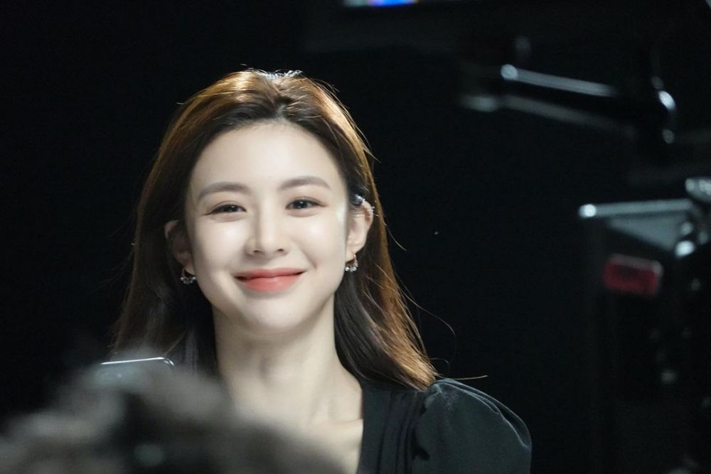 Penuh Bintang, 10 Pesona Go Yoon Jung Gabung di KDrama 'Return'