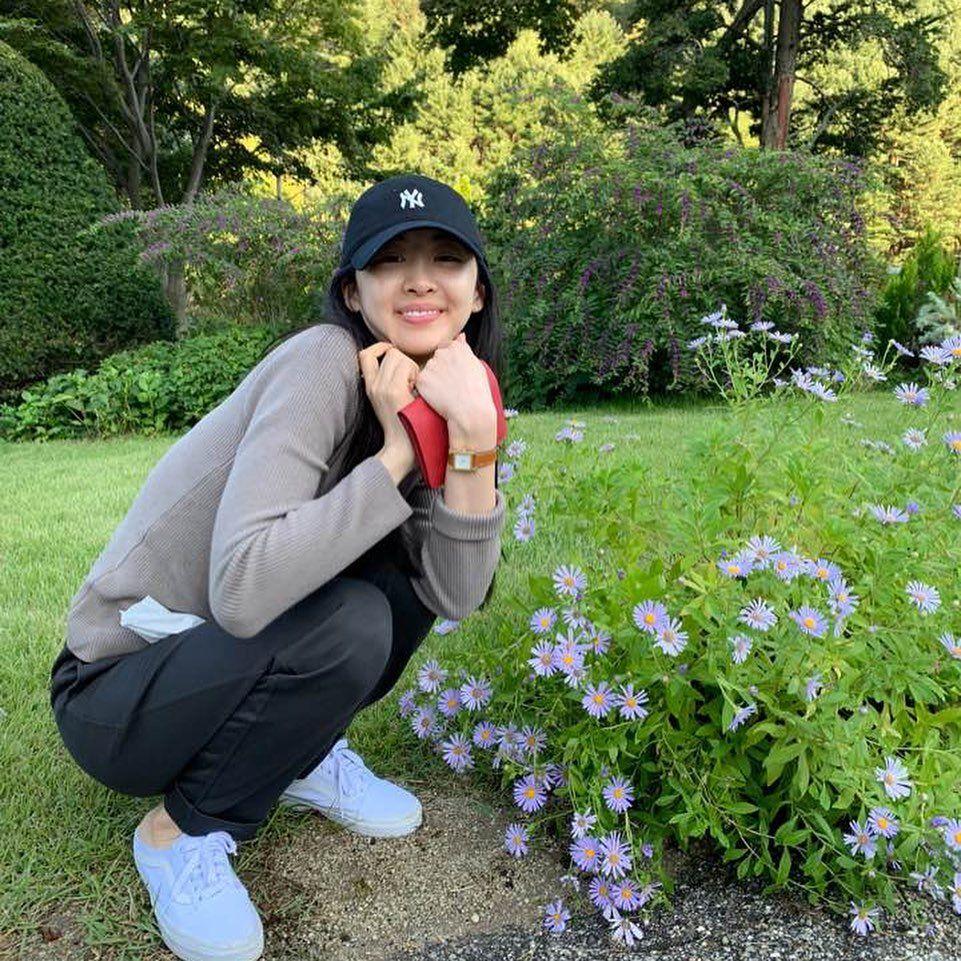 Genap 28 Tahun, 10 Potret Kim Da Som yang Kian Memesona