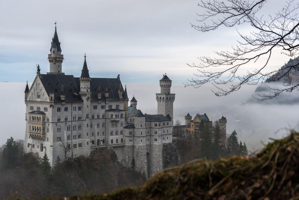 6 Bangunan Inspirasi Pembuatan Kastil Cinderella, Megah!