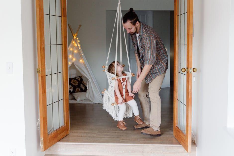 5 Sebab Makin Banyak Pria Tertarik Terlibat dalam Pengasuhan Anak