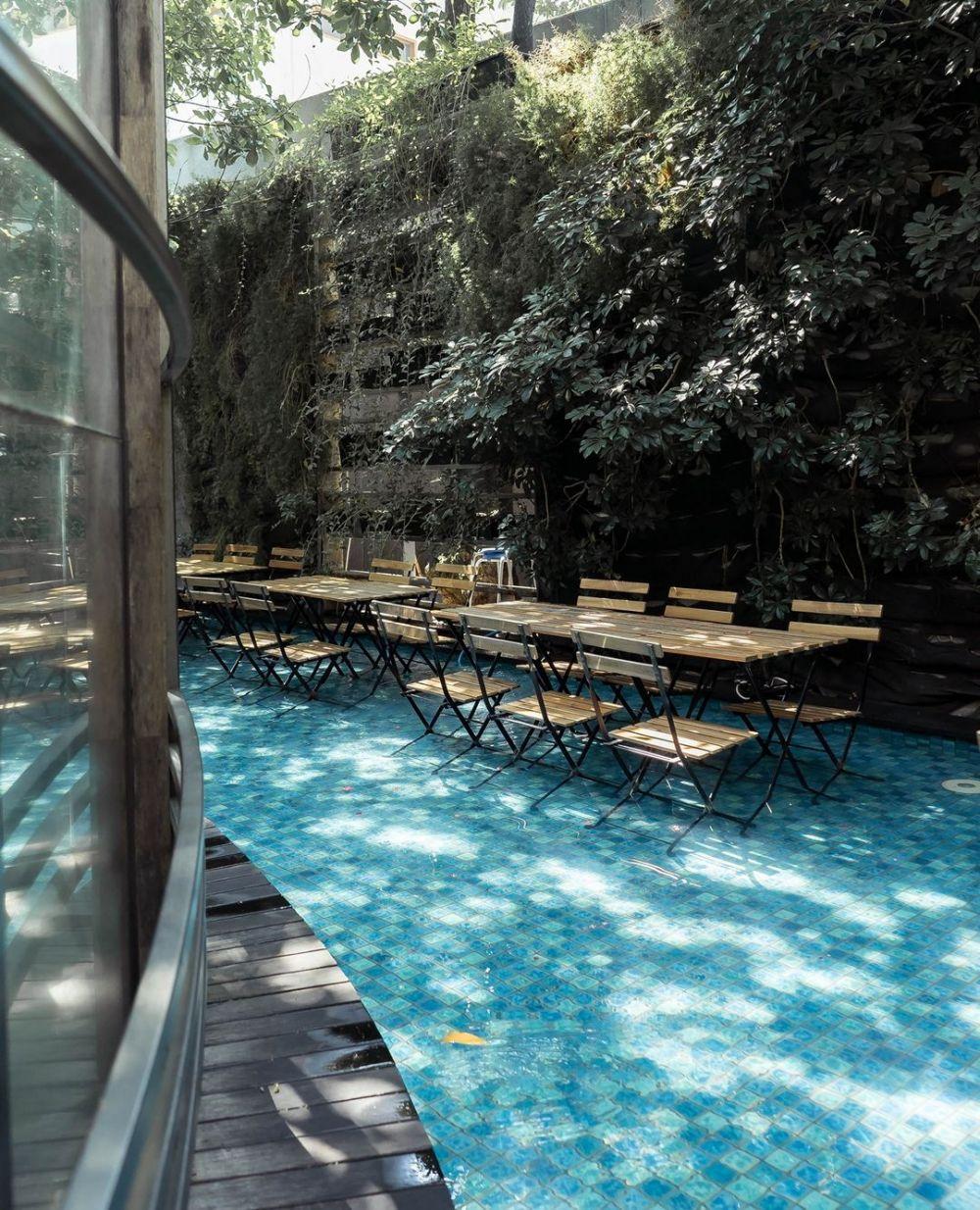 5 Kafe di Bandung ala Secret Garden, Yakin Gak Mau Mampir?