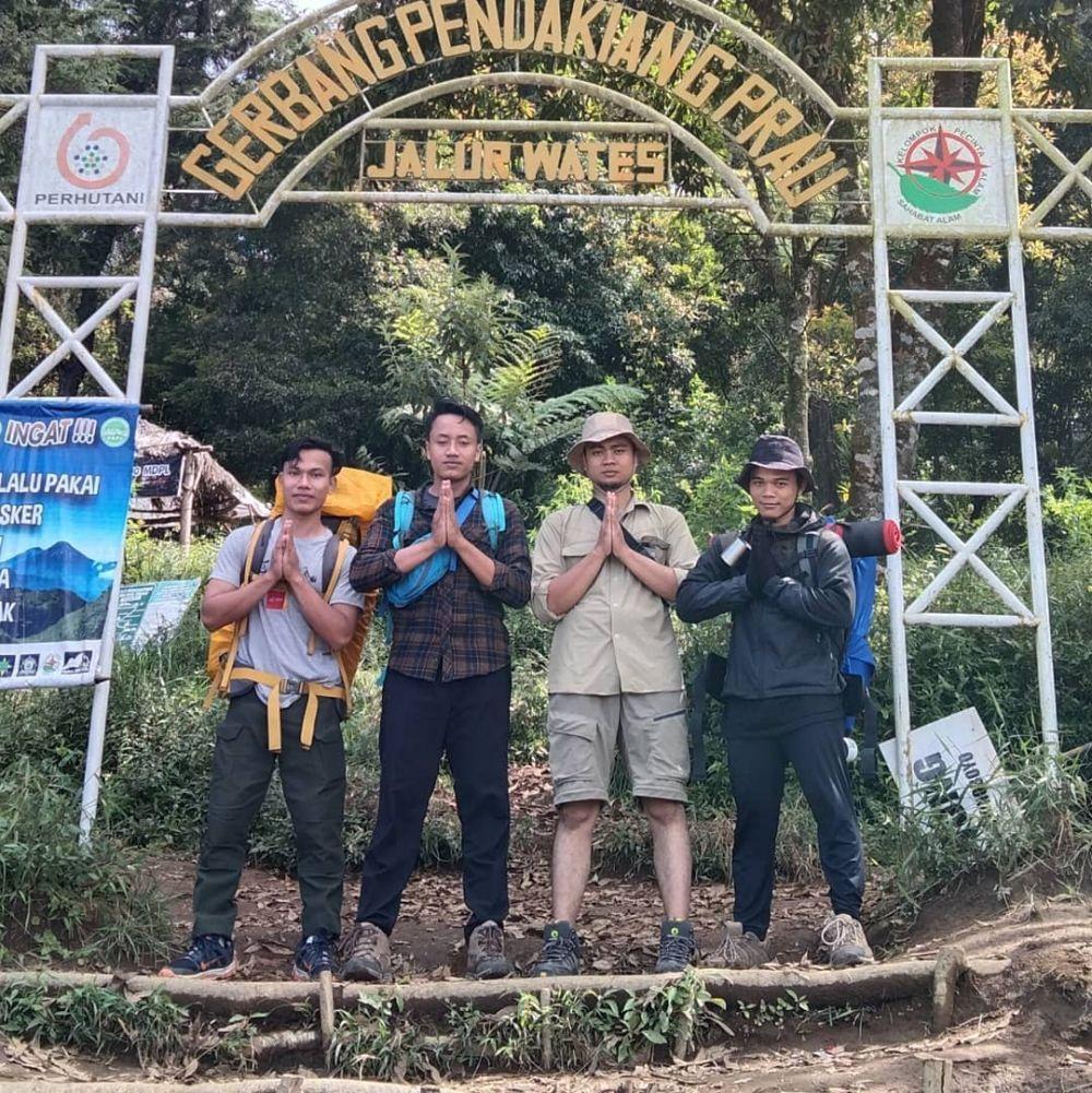 Indah dan Landai, 9 Jalur Pendakian yang Ada di Gunung Prau