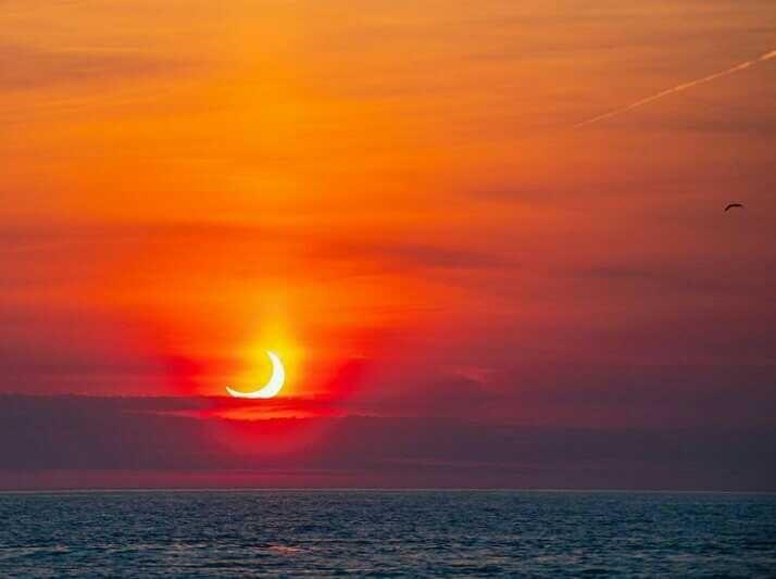 10 Potret Gerhana Matahari Cincin 10 Juni 2021 di Berbagai Negara