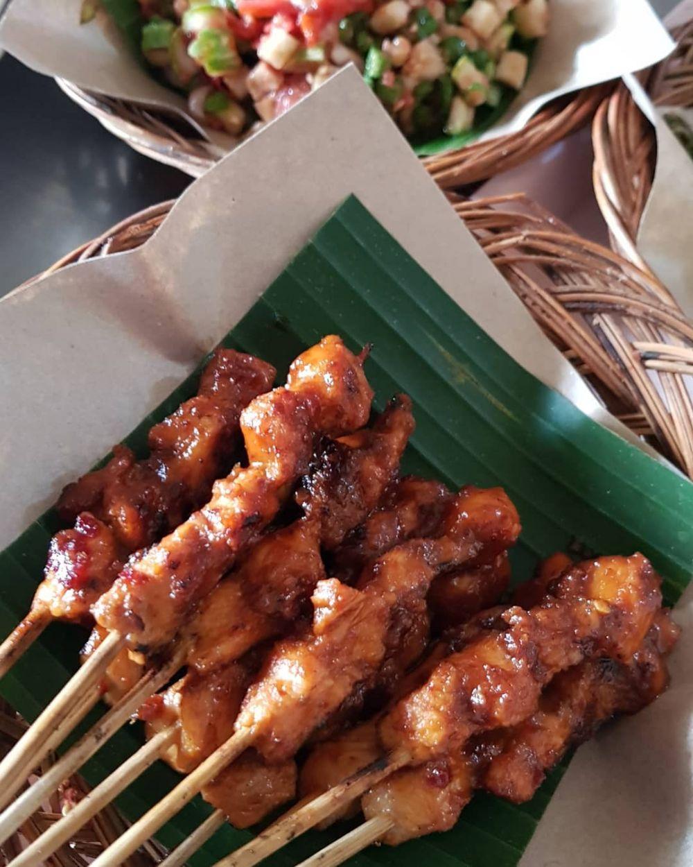 7 Tempat Makan Halal di Denpasar yang Bikin Penikmatnya Rela Antre